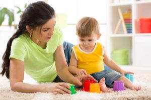 عوامل-تاثیرگذار-بر-روی-هزینههای-پرستار-کودک-در-منزل