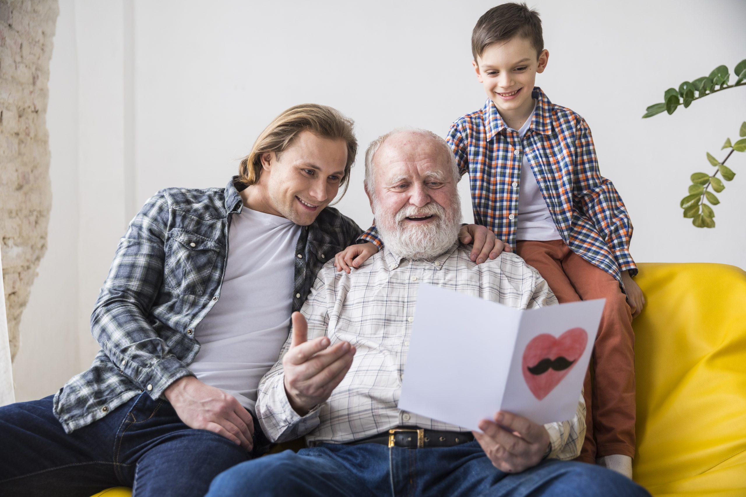 با پدر و مادر خود برسر شیوه مراقبت از کودکتان اختلاف نظر دارید؟ این مطلب را از دست ندهید